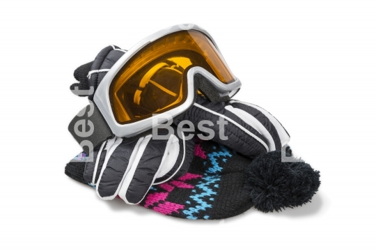 Ski gloves, cap and goggles